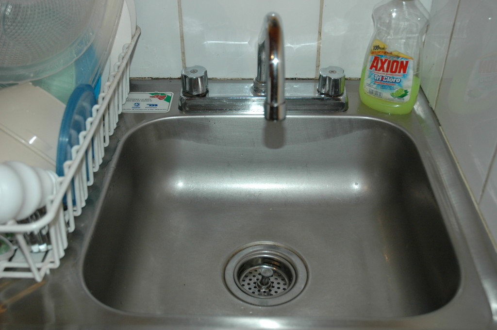 kitchen sink in doctors office mexico