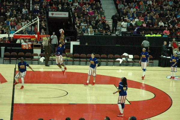 Harlem Globetrotters Show Canadian Tire Centre Ottawa5