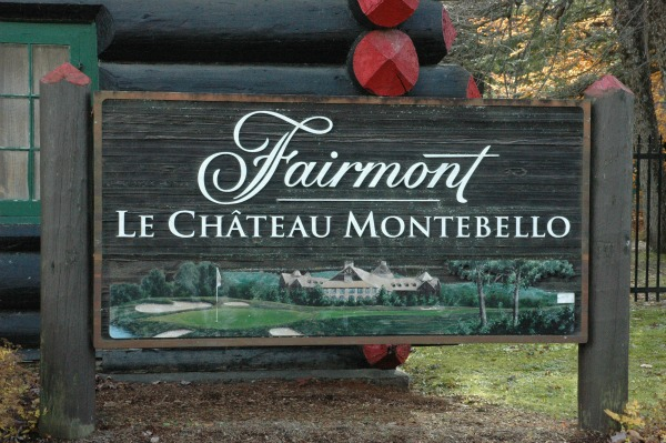 Outaouais-Chateau Montebello-Sign