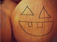 halloween activities carving pumpkin