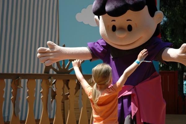 Canadas Wonderland Meeting Lucy